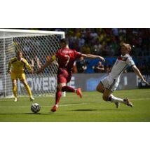 Cristiano Ronaldo lövésre készen